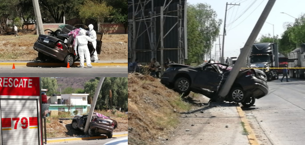 Chocan auto con poste, muere mujer